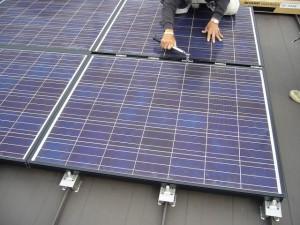 太陽電池パネル取付